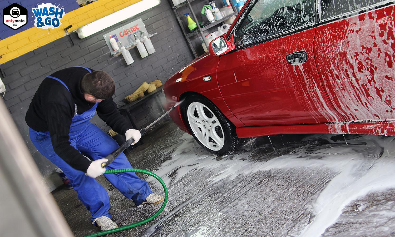 Jak umyć samochód