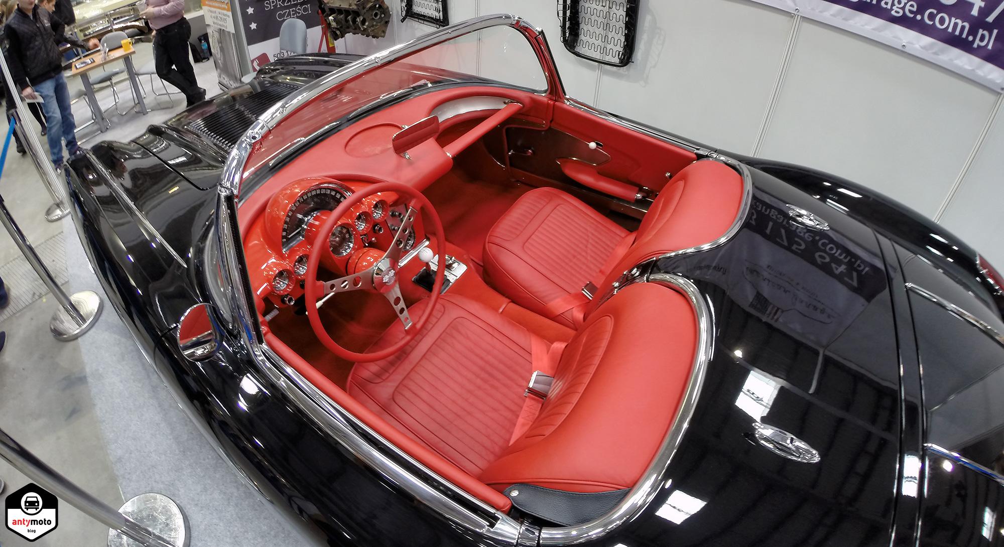 corvette_interior