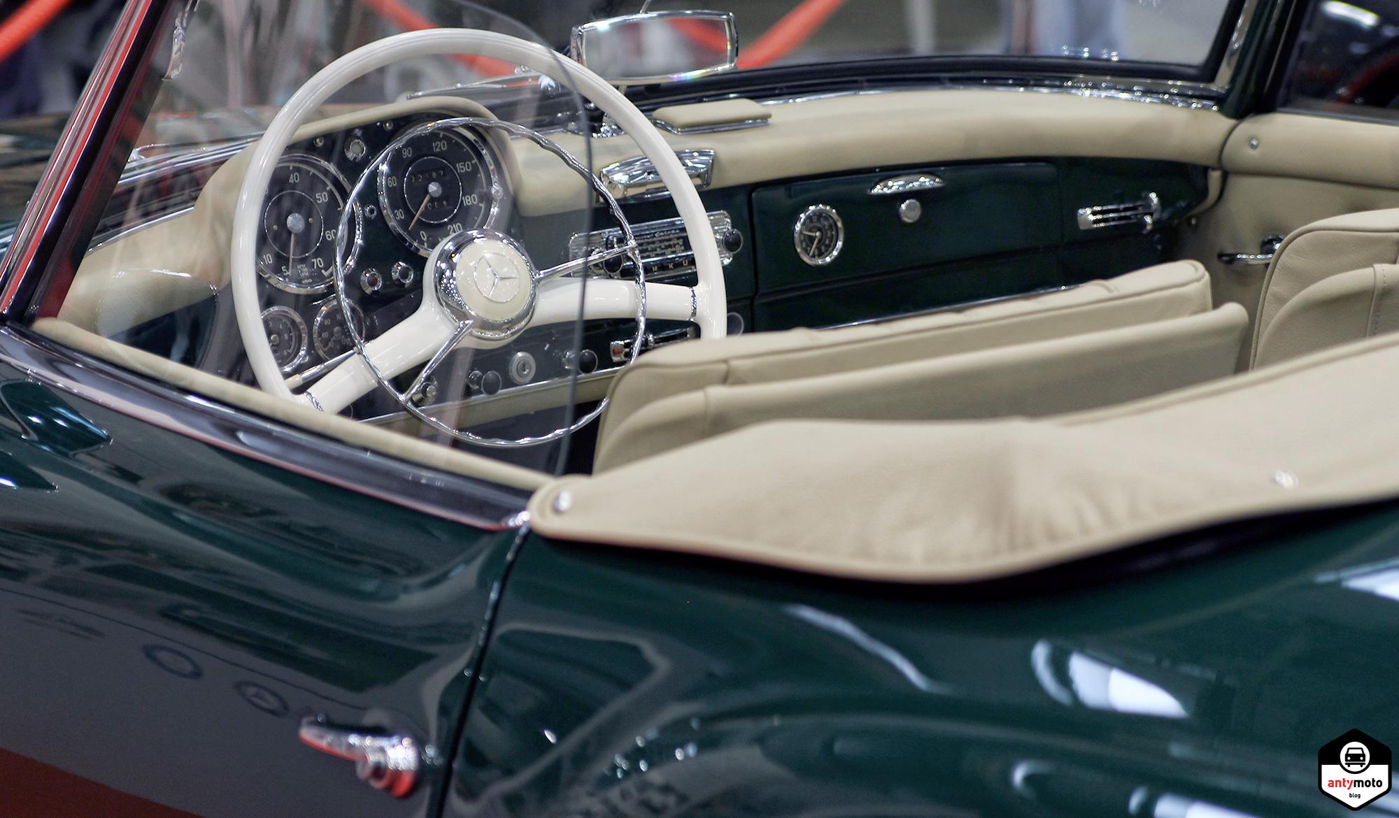 mercedes_classic_interior