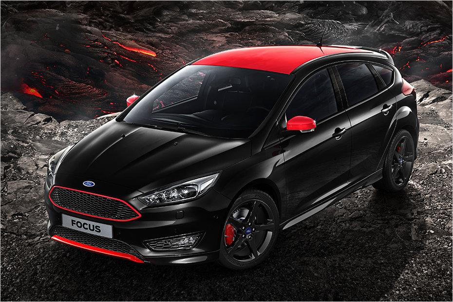 Ford Focus w wersji ST Red & Black. Rasowo!