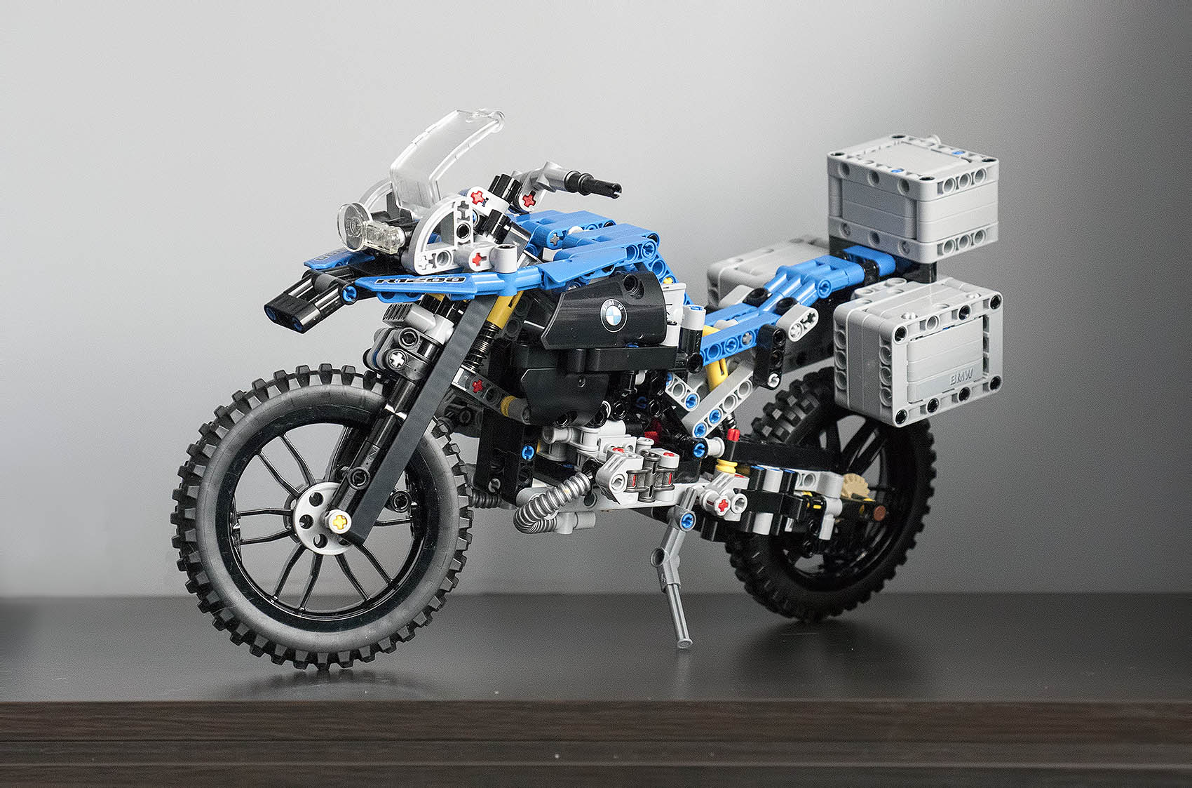 Lego Technic Klocki Bmw R 1200 Gs Adventure Antymoto Blog