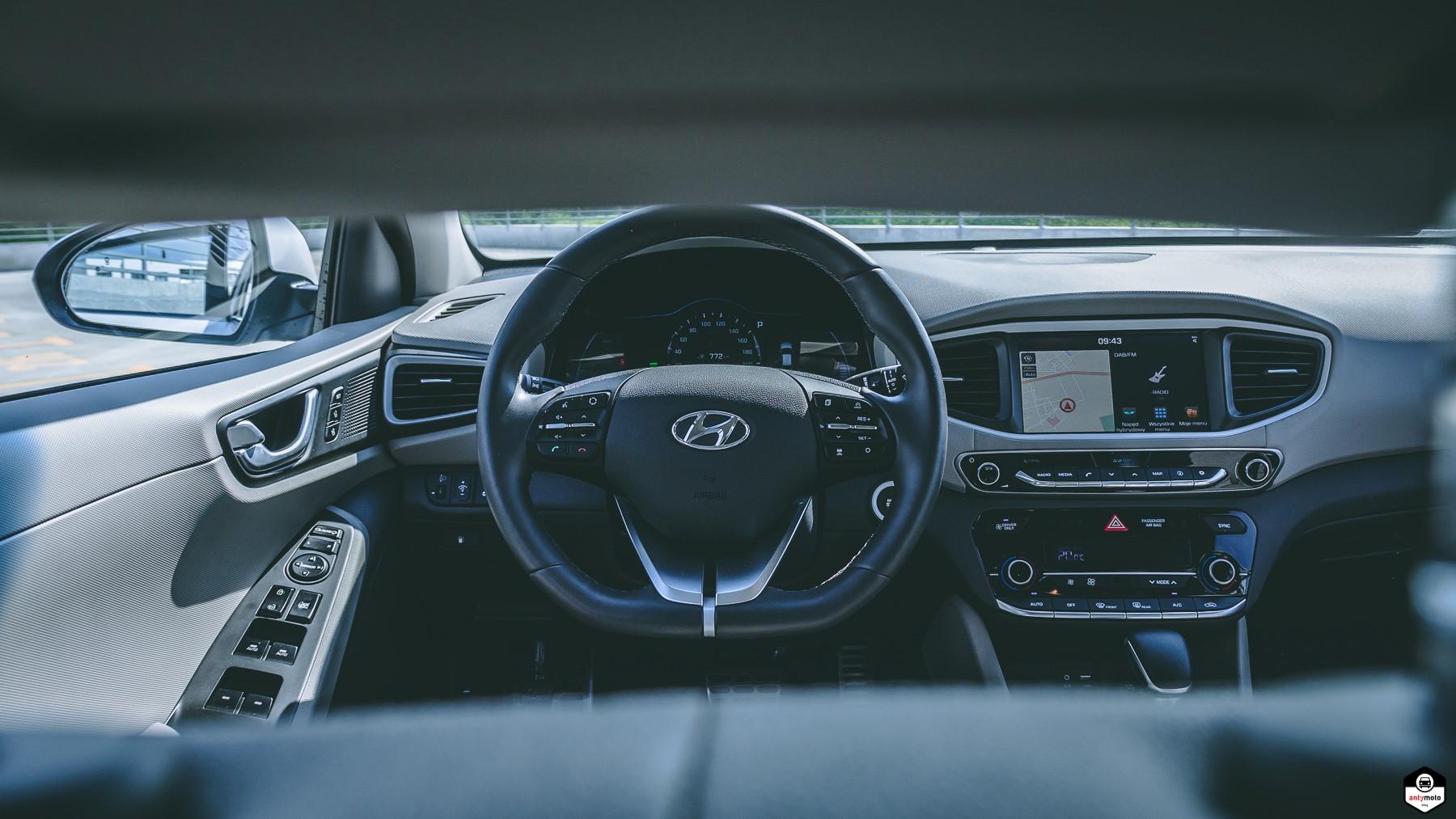 TEST Hyundai IONIQ Hybrid